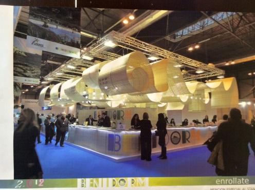 La exposición 'Benidorm Efímero' del diseñador municipal Alejandro Guijarro repasa la presencia de la ciudad durante 30 años en la Feria Internacional de Turismo (Fitur) que se celebra cada año en Madrid.