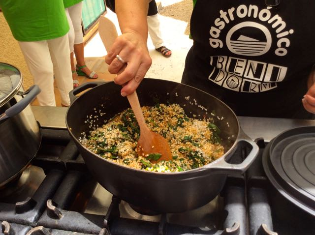 Recipe Paella with anchovies and spinach