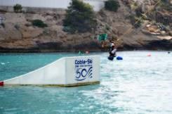 Cable Ski Benidorm, fue primer cable ski construido en el mundo y el único en el mar con la presencia de su fundador en 1966, Humberto Armas y Bruno Rixen, quien inventó el sistema cable-ski en 1962 para que todo el mundo pudiera acceder a este deporte sin necesitar una lancha.
