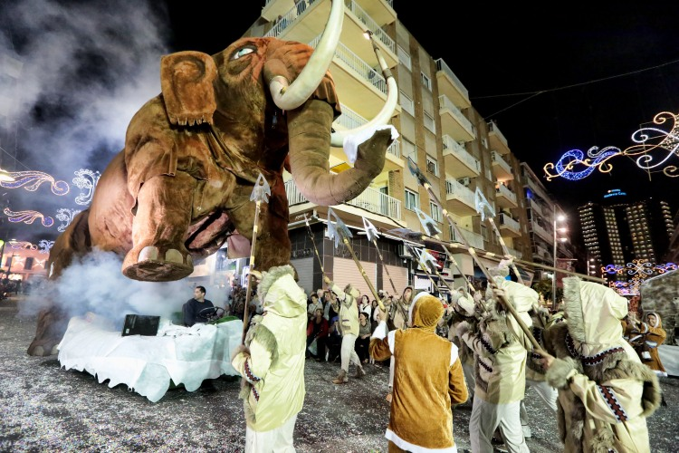 Desfile Carrozas Fiestas Mayores Patronales Benidorm