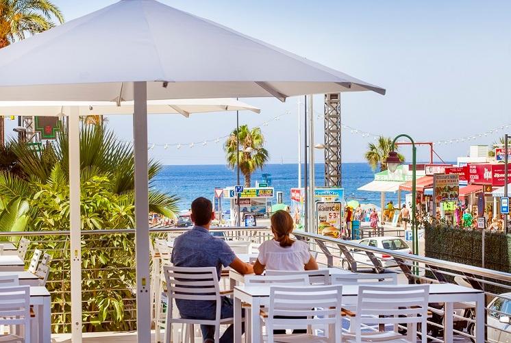 Disfruta de las vistas que te ofrece PORT BENIDORM HOTEL & SPA ****